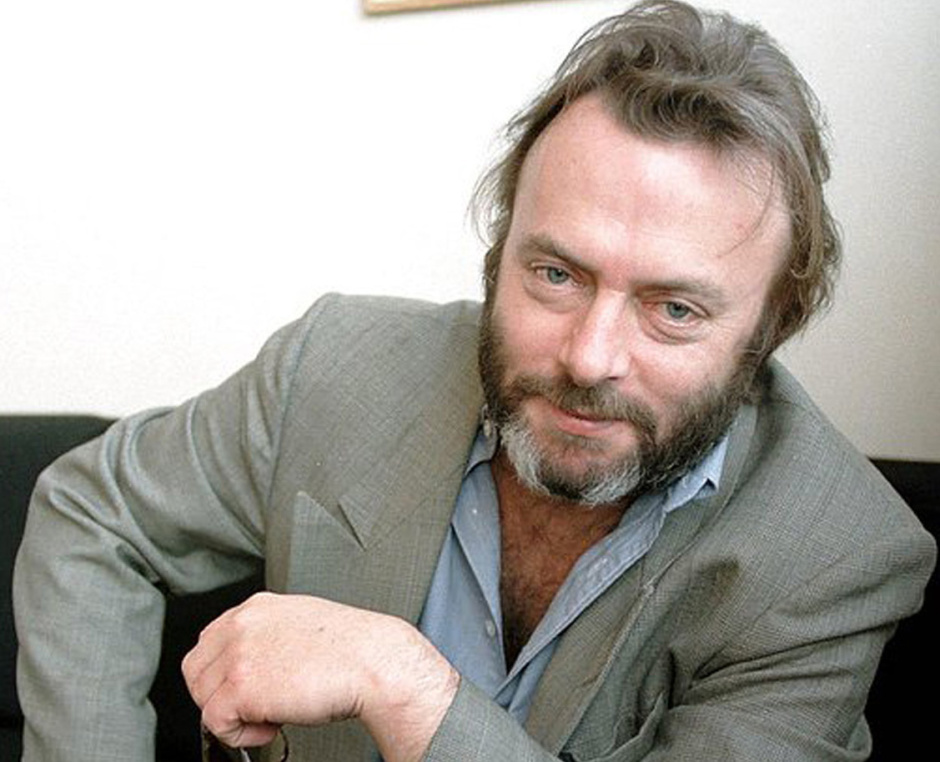 Hitchens and Titus – Gravitas andLevity